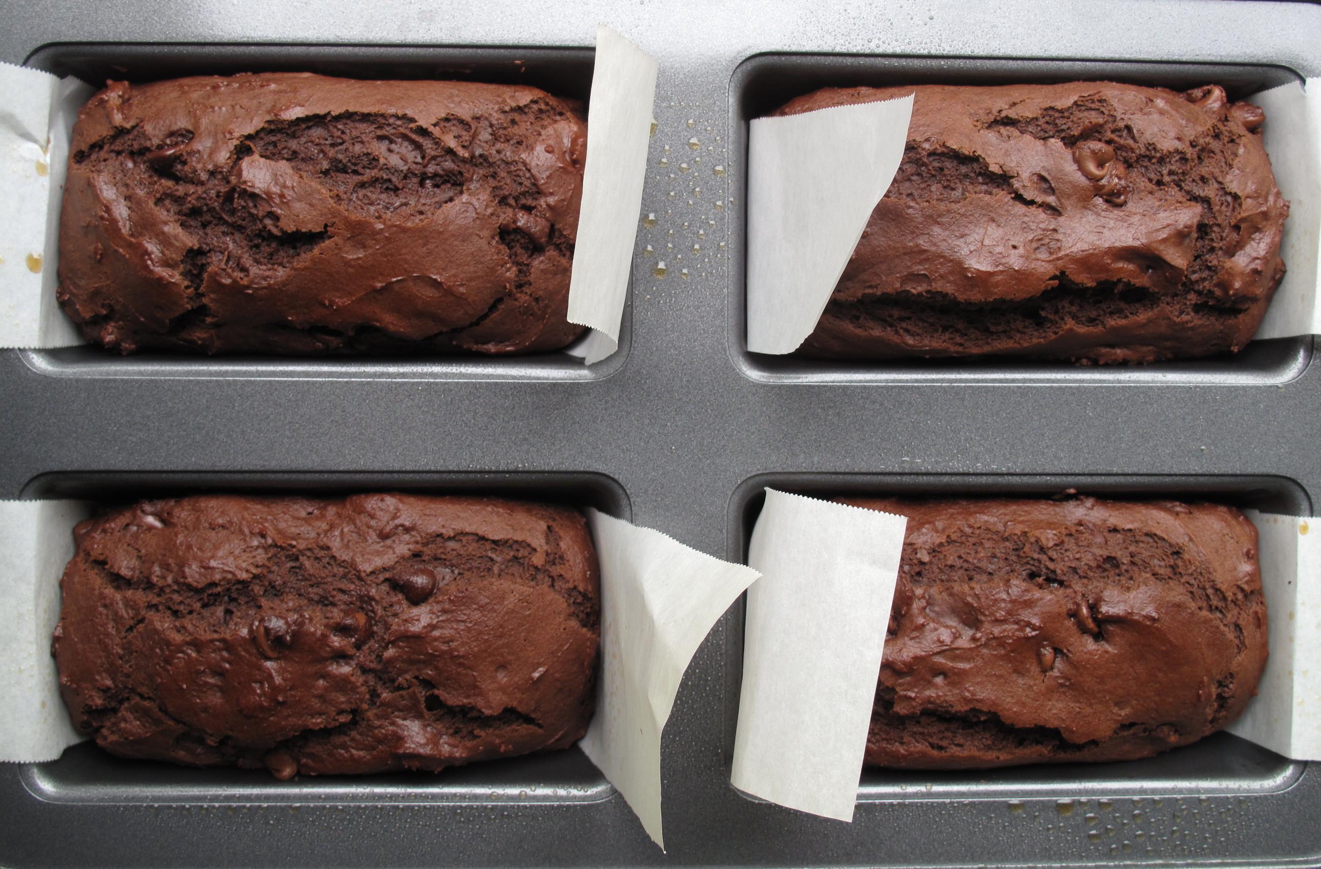 Loaf Recipes Using Cake Mix: Chocolate Yogurt Loaf Cake