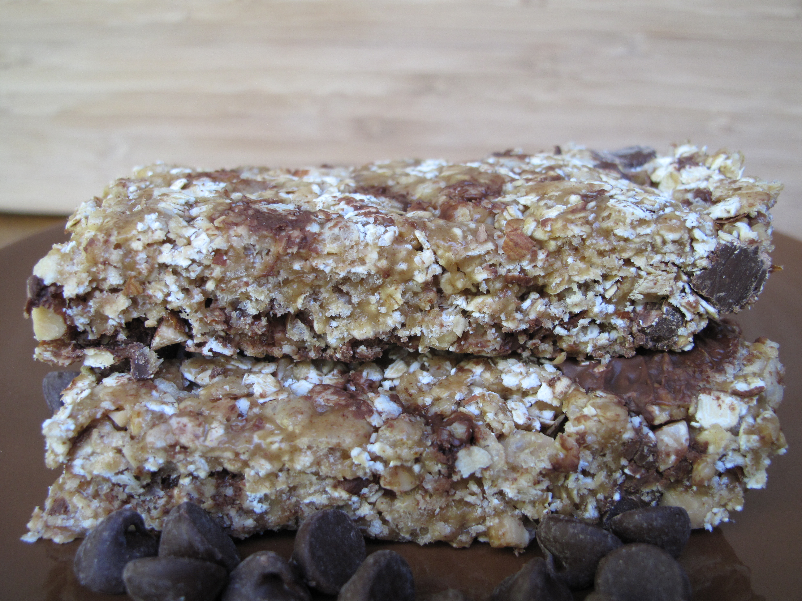 Chewy Crunchy Granola Bars | The Monday Box