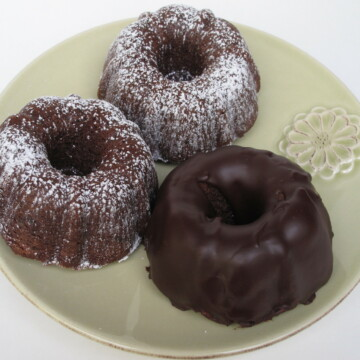 Chocolate Buttermilk Mini Bundt Cakes