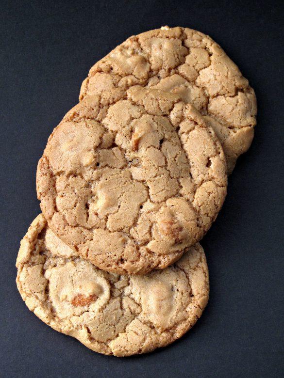 Honey-Roasted Peanut Cookies