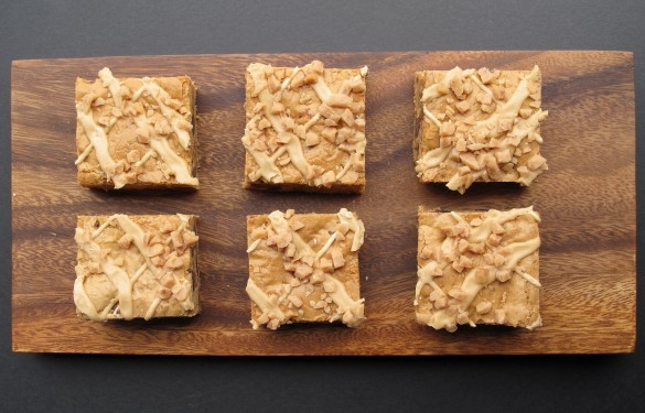 Biscoff Toffee Crunch Bars with Biscoff Icing