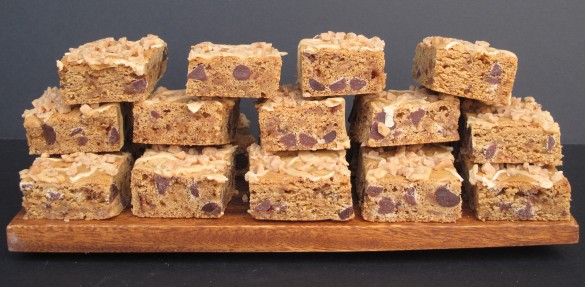 Biscoff Toffee Crunch Bar with Biscoff Icing