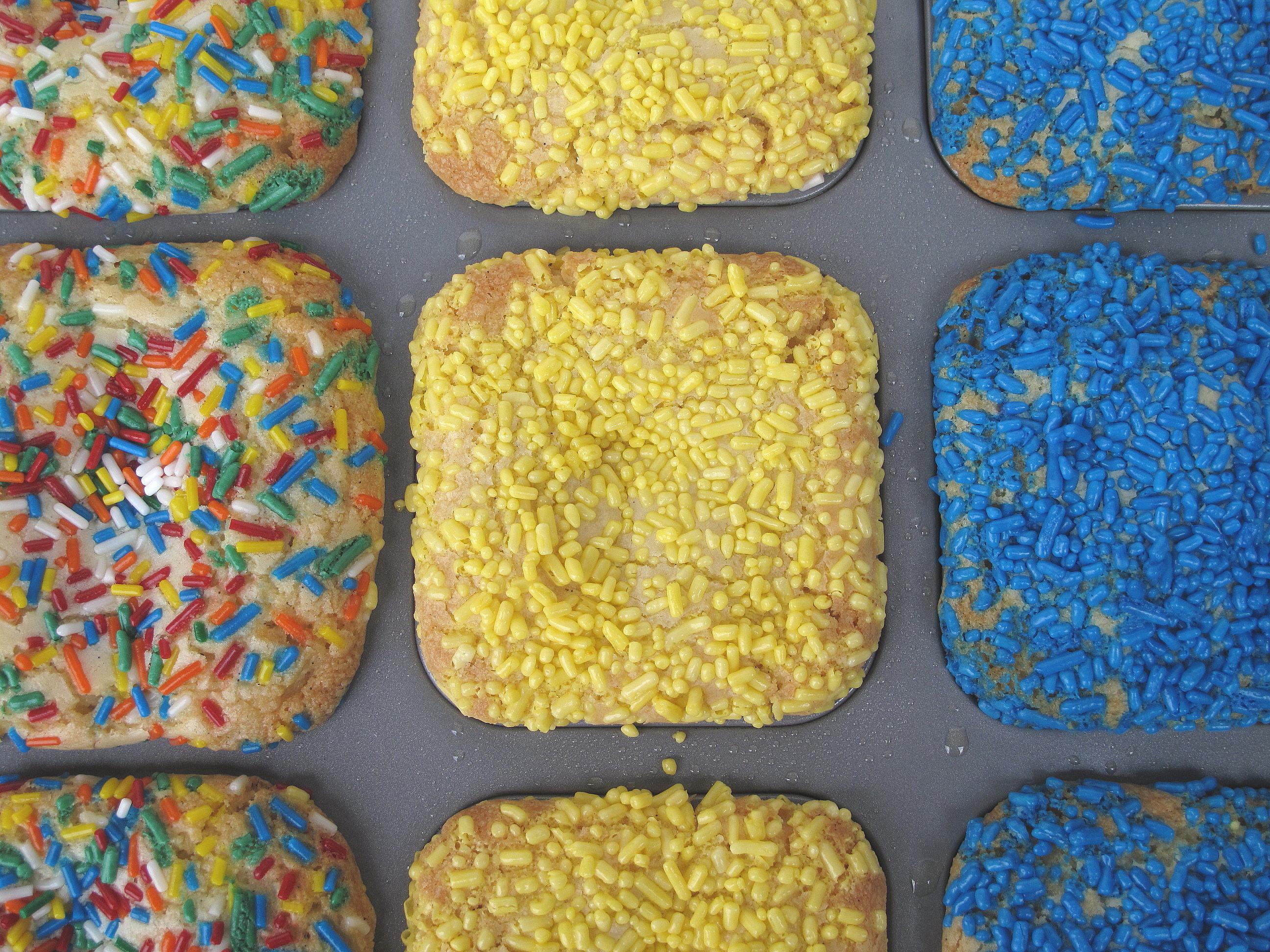 Candy Bar Blondies