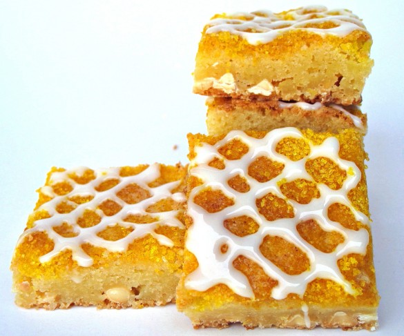 Chewy White Chocolate Lemon Bars- creamy white chocolate and lemon zing combine into a soft, chewy citrus bar! This desert-safe recipe travels well for care packages or picinics! | The Monday Box