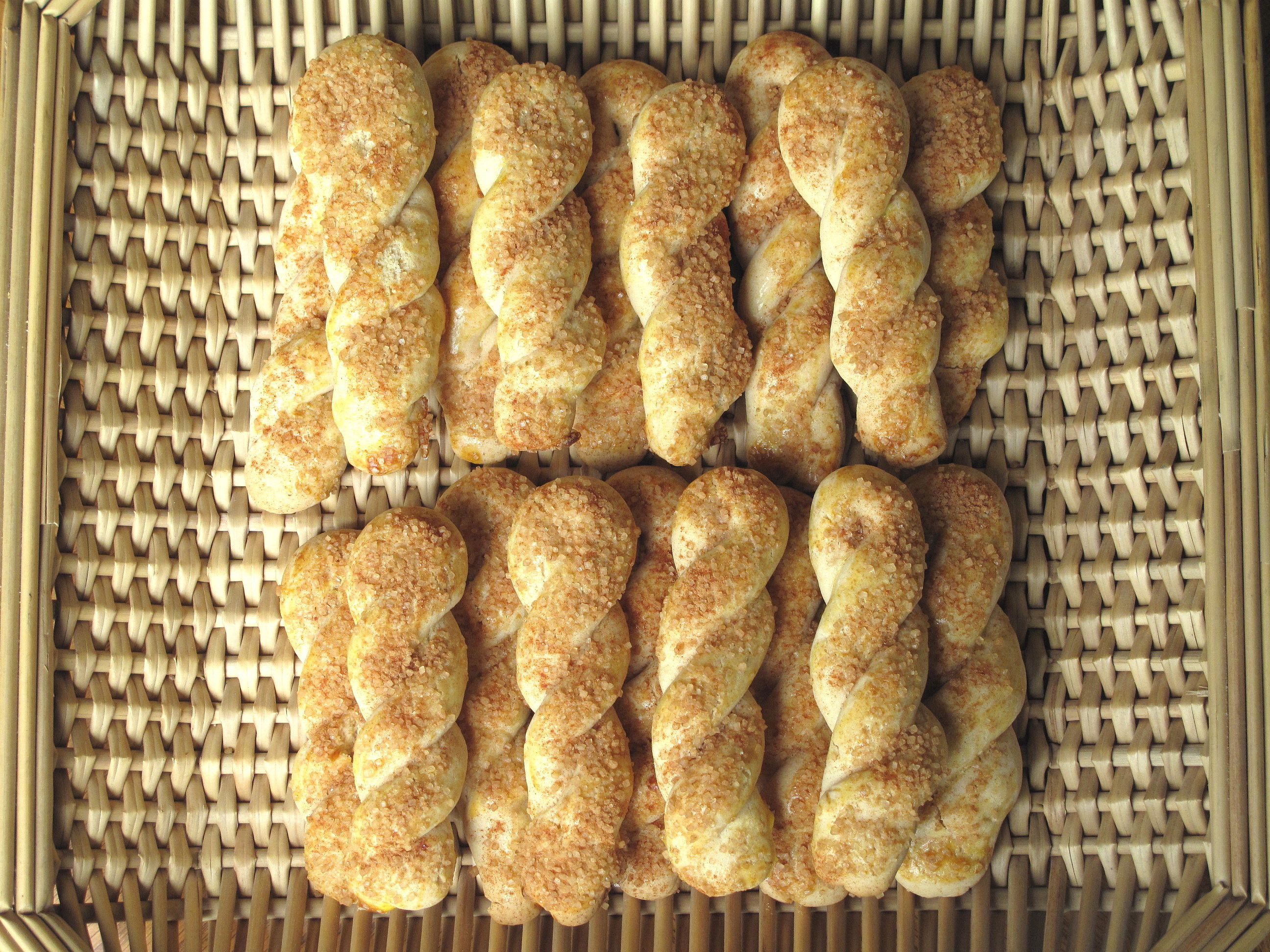 Cinnamon-Sugar Twist Cookies- a mildly sweet butter cookie with a ...