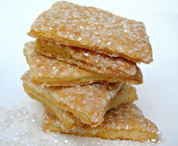 Shimmering Maple Crisp