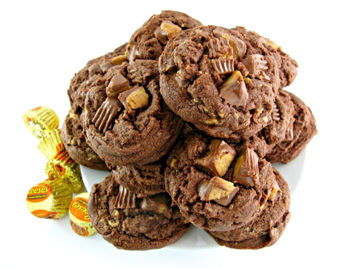 Pile of cookies.