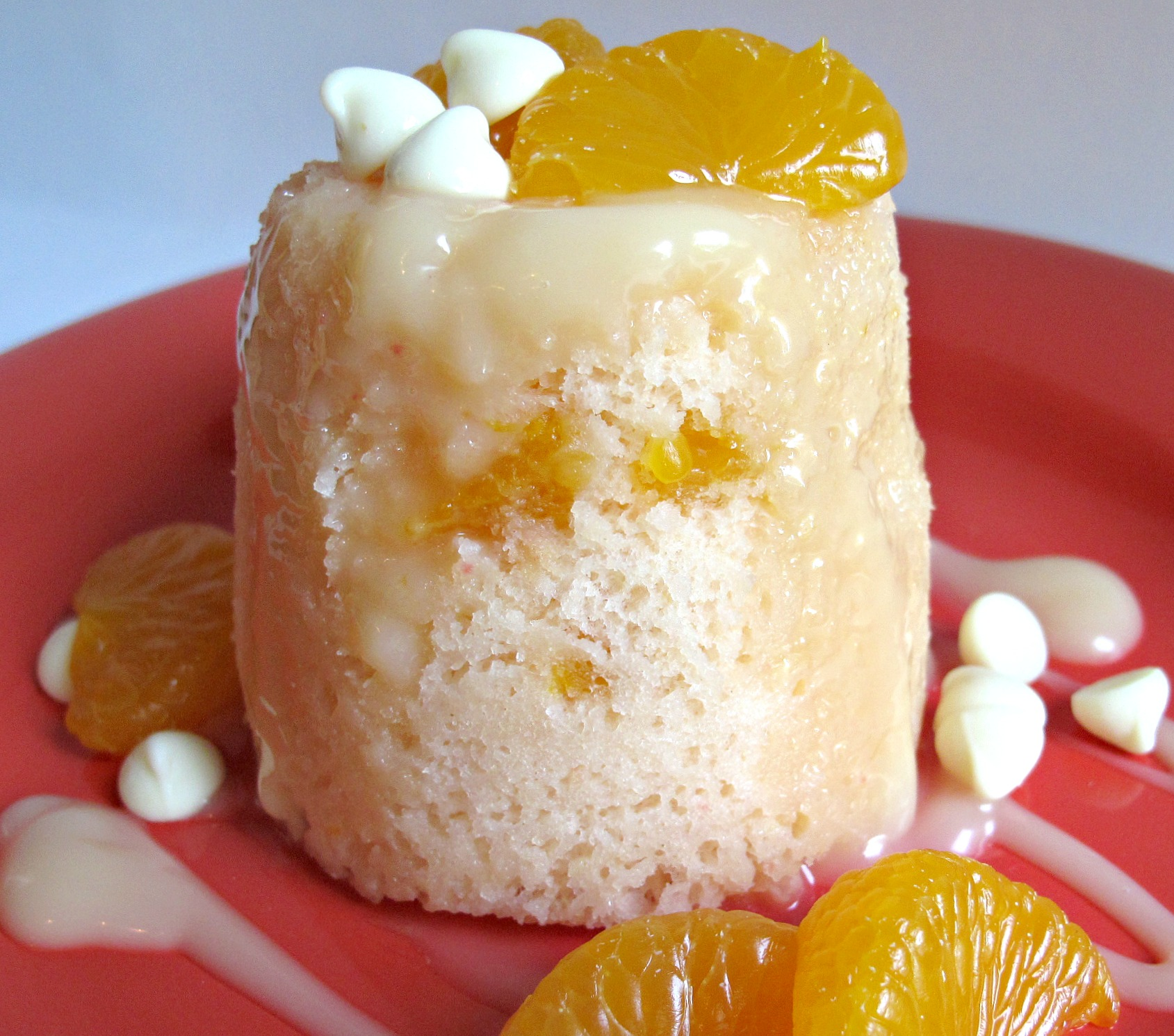 Mandarin Orange Cake- individual orange cakes studded with mandarin ...