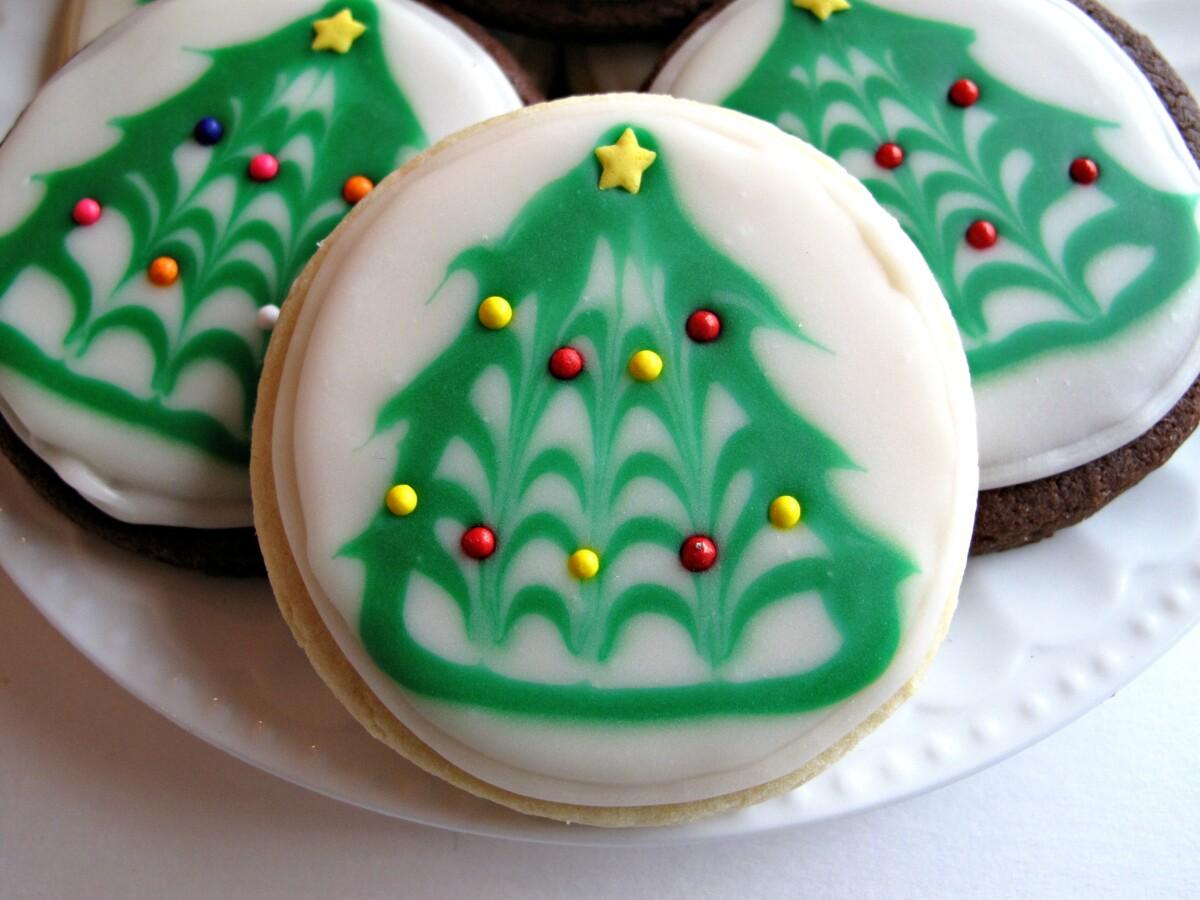 Iced Christmas Sugar Cookies with Christmas Tree design.