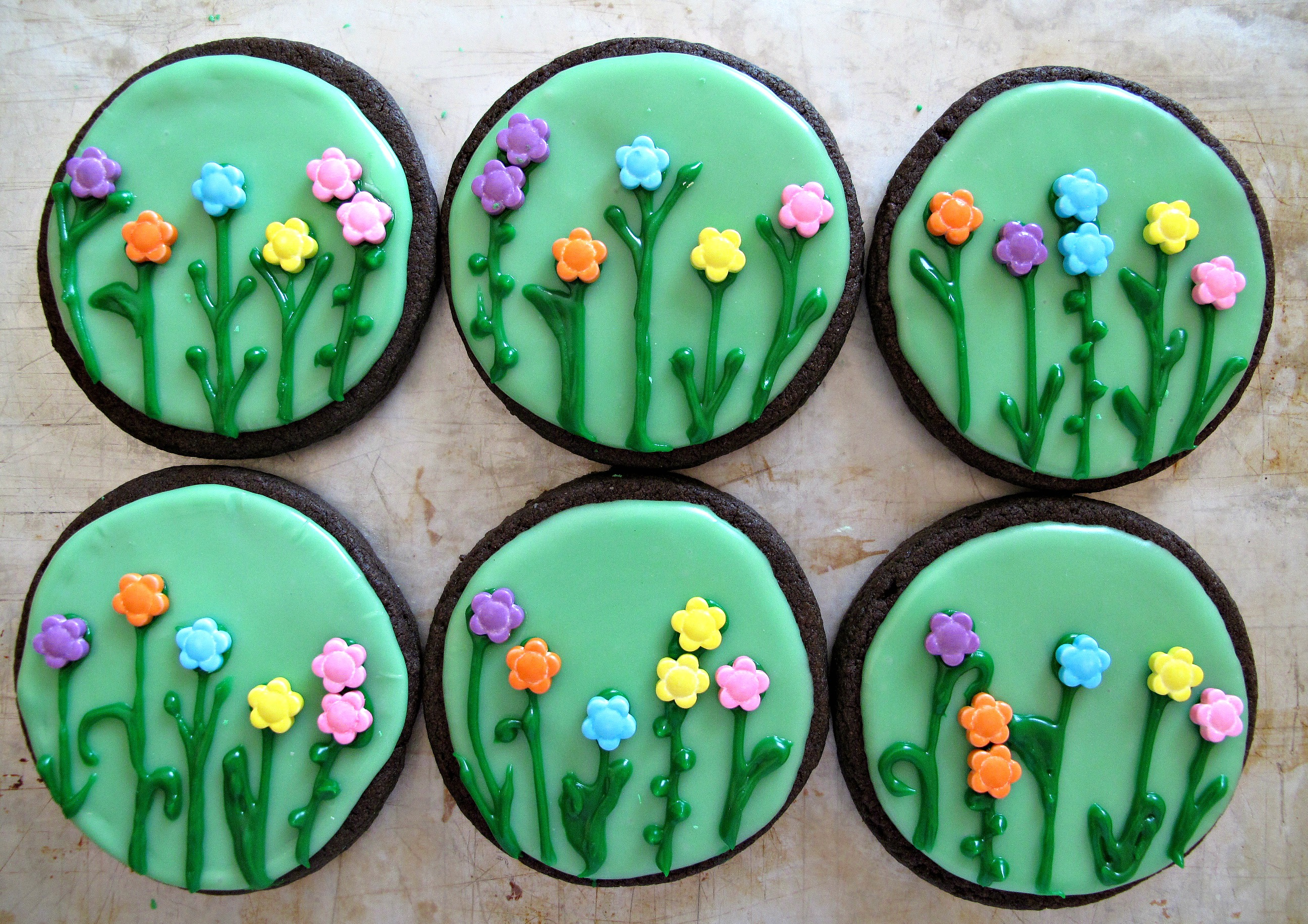 Spring Flowers Iced Sugar Cookies- for celebrating Mother's Day or any ...