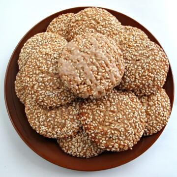 Honey Sesame Cookies