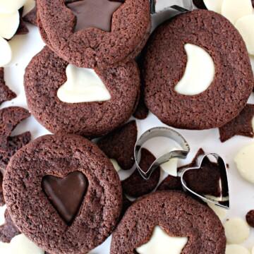 Crunchy Chocolate Mint Sandwich Cookies
