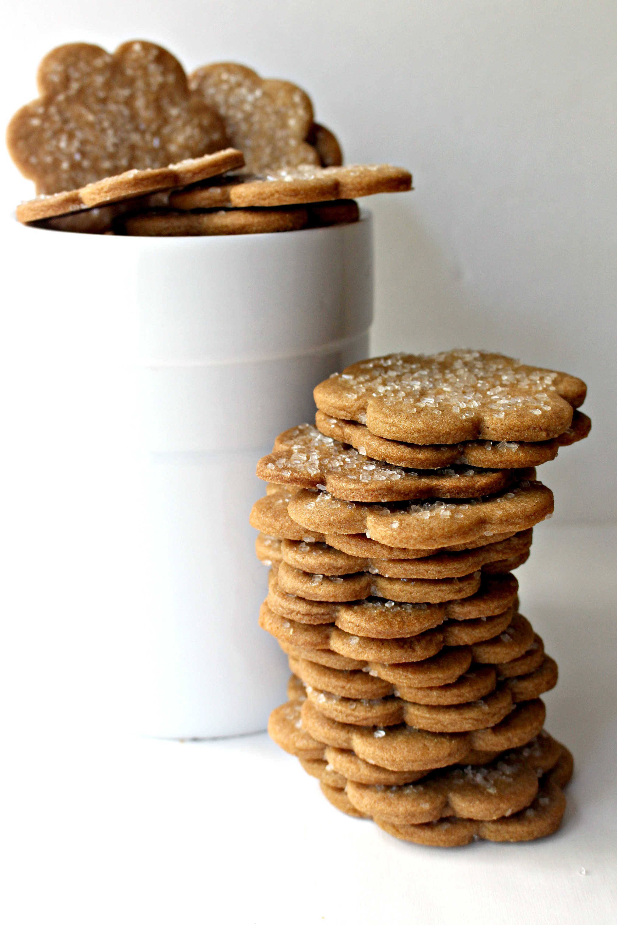 Cinnamon Snap Cookies, full of warming spices and a crunchy snap, are ...