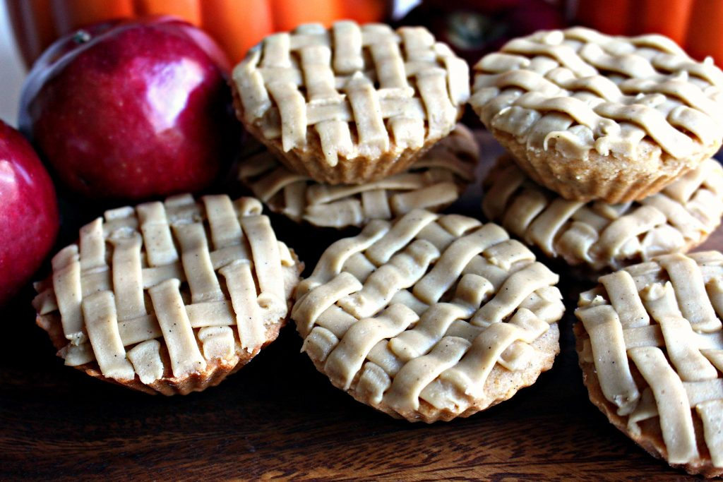 Apple Pie and Pumpkin Pie Cookies lattice-look piped icing