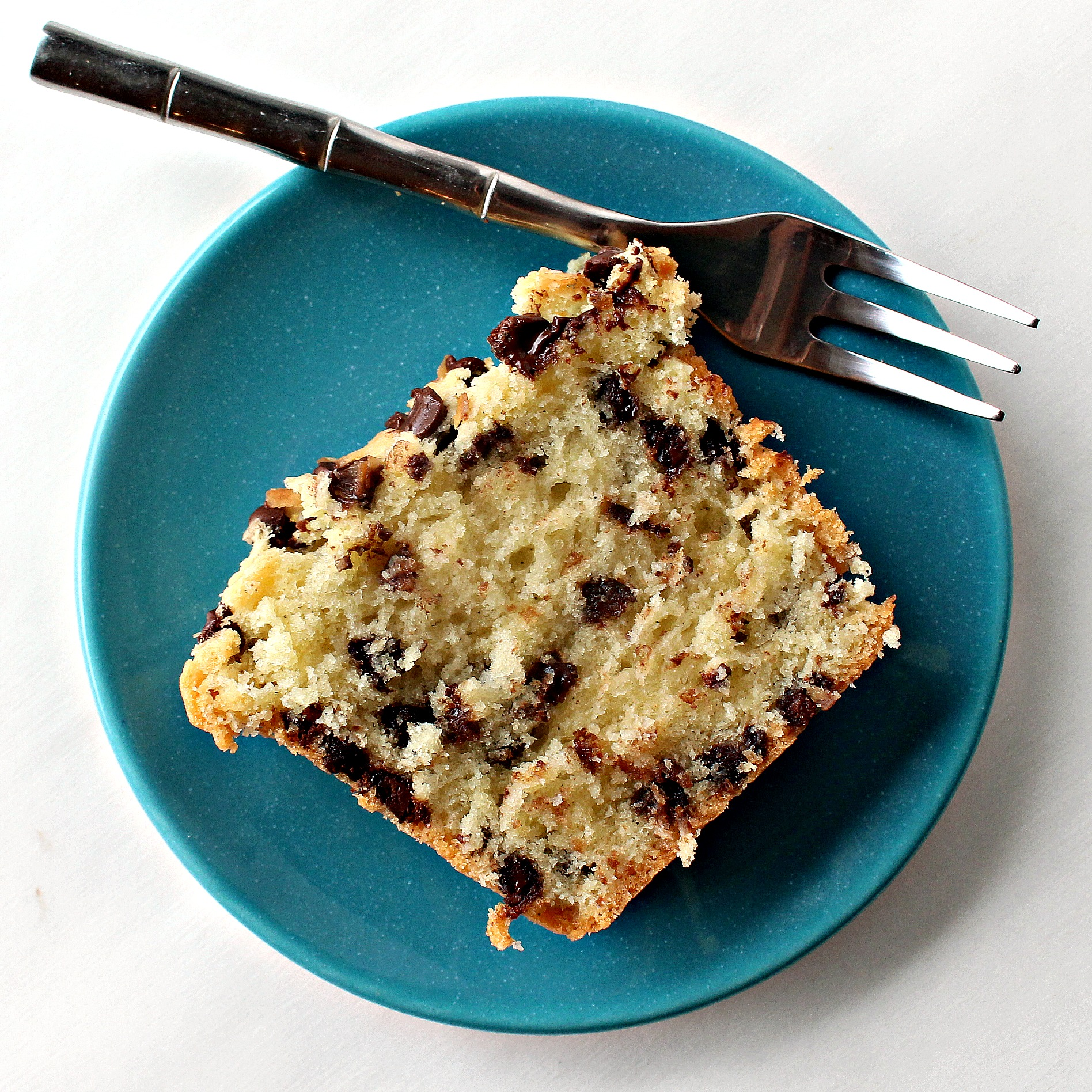 Cake With Chocolate Milk : Coconut Milk Chocolate Chip Pound Cake - The Monday Box
