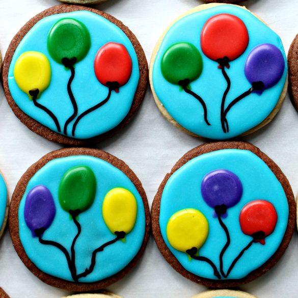 Decorated chocolate and vanilla sugar cookies