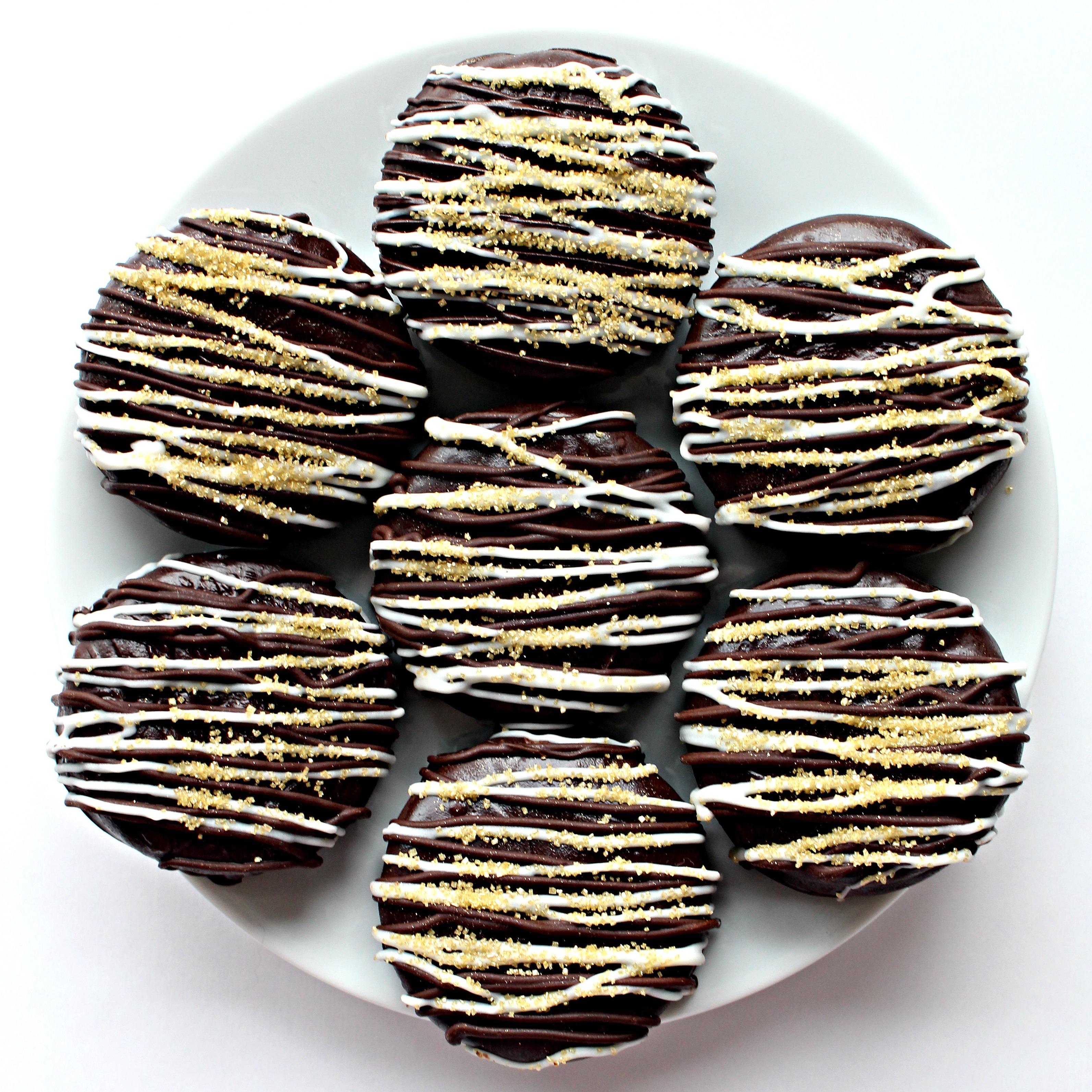 winter wonderland chocolate dipped oreos the monday box