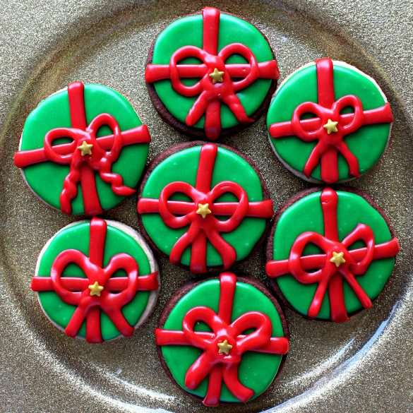 Gift with a Bow Sugar Cookie