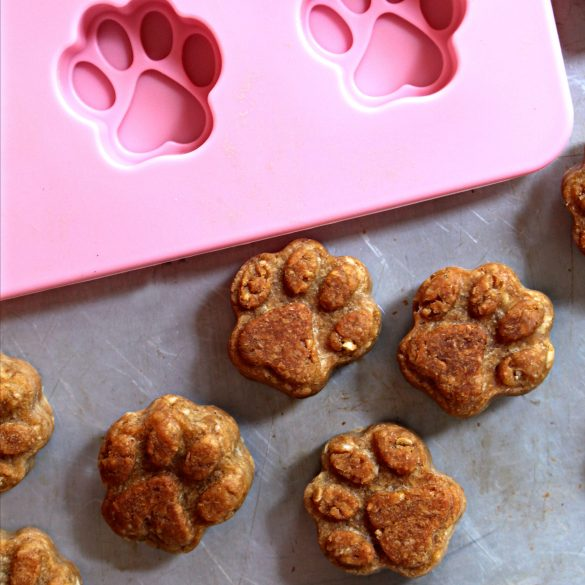 Paw Prints Dog Cookies out of paw print mold