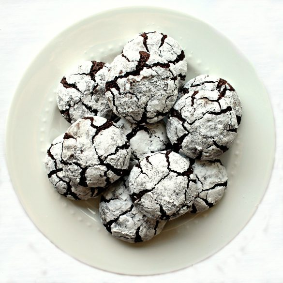 Chocolate Crinkle Cookies on a round white plate